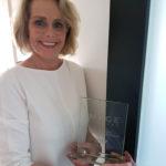 Marion de Jong houdt vast de Image Award 2017 voor Schoonheidsinstituut Beauty Day